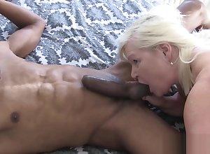 Gloryhole sucking granny