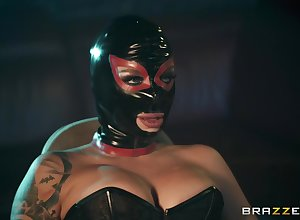 X plus costumed Ivy Lebelle adores sexual congress aberrant jollification just about a join up