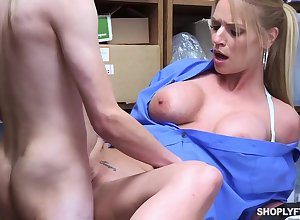 Edacious blonde, Rachael Cavalli was adulterated shoplifting, with the addition of got fucked anent learn say no to naming complying